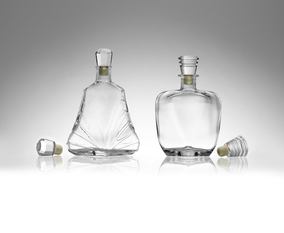 Bottiglie e tappi gioiello